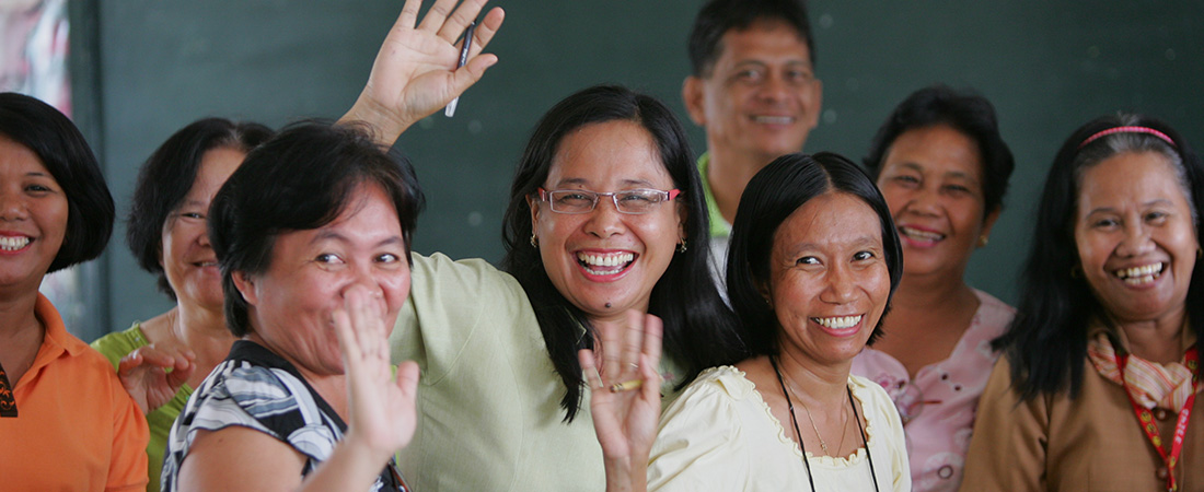 Teachers in the Philippines participate in a literacy training.