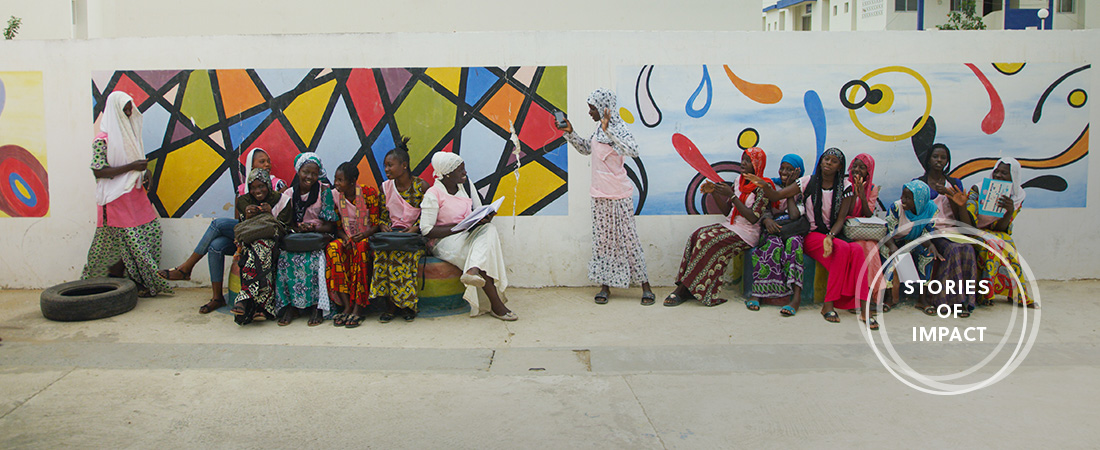 A photo of participants in the USAID-funded APTE-Senegal program.